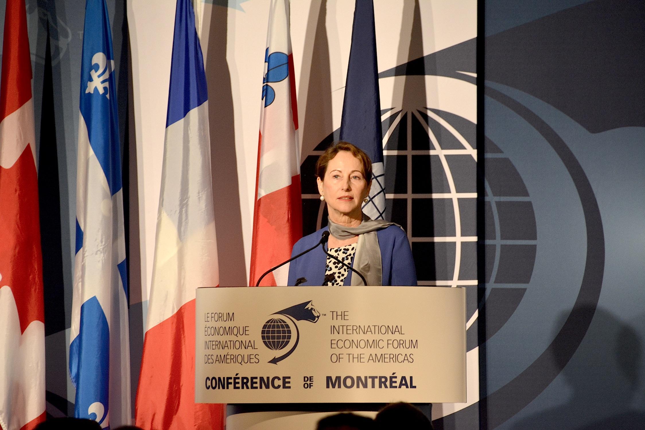 Alors que Ségolène Royal plaide la cause du climat à Montréal, le monde répond OUI