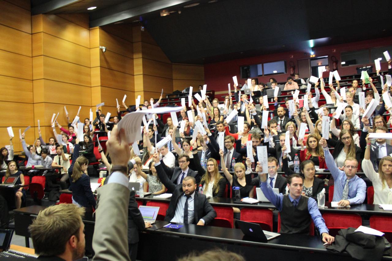 La SPECQUE 2015 : l'expérience en simulation politique canado-européenne