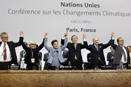 COP 21: accord historique, diplomatique et politique