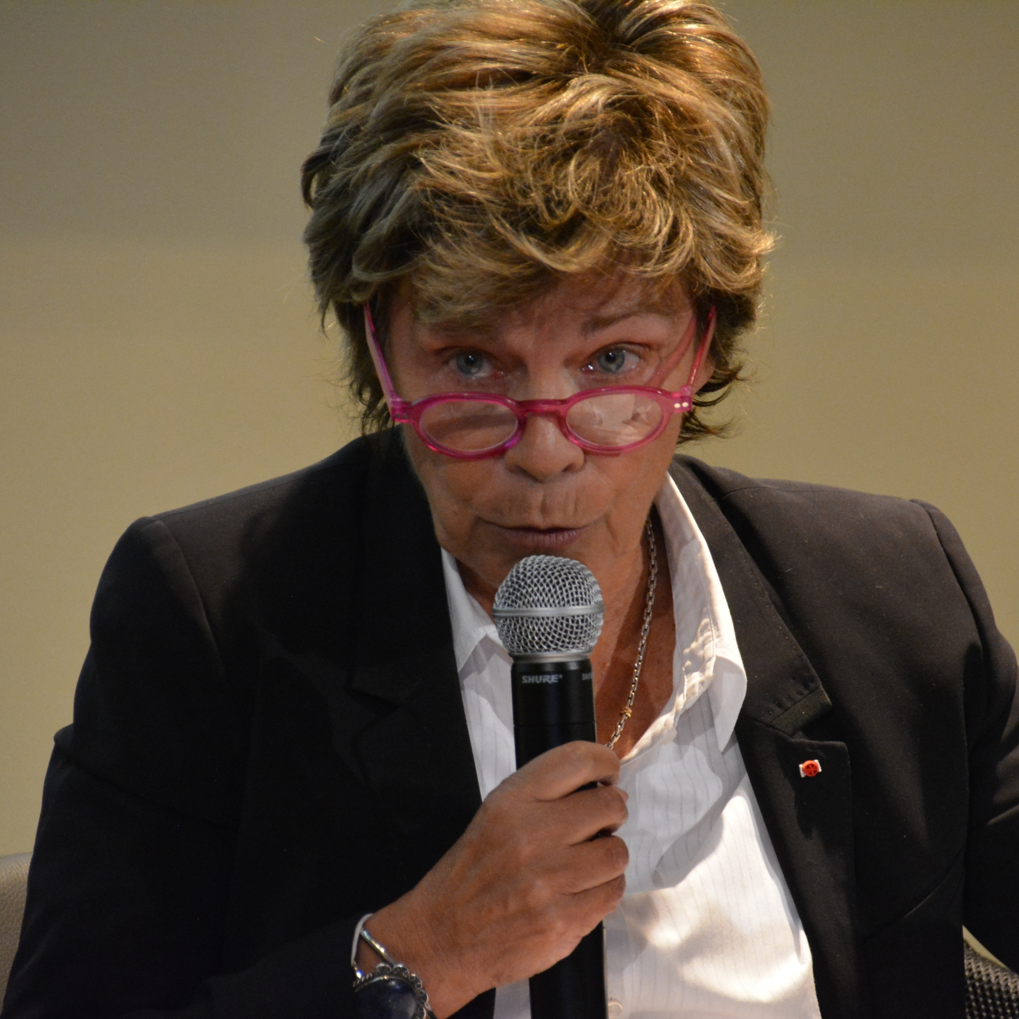 Louise Beaudoin veut redonner aux jeunes Québécois « le goût de la France »