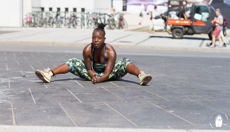Julie Dossavi, de l'athlétisme à la danse contemporaine