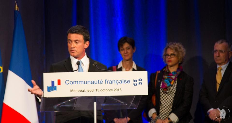 Manuel Valls aux Français du Québec: un discours solennel aux airs de campagne