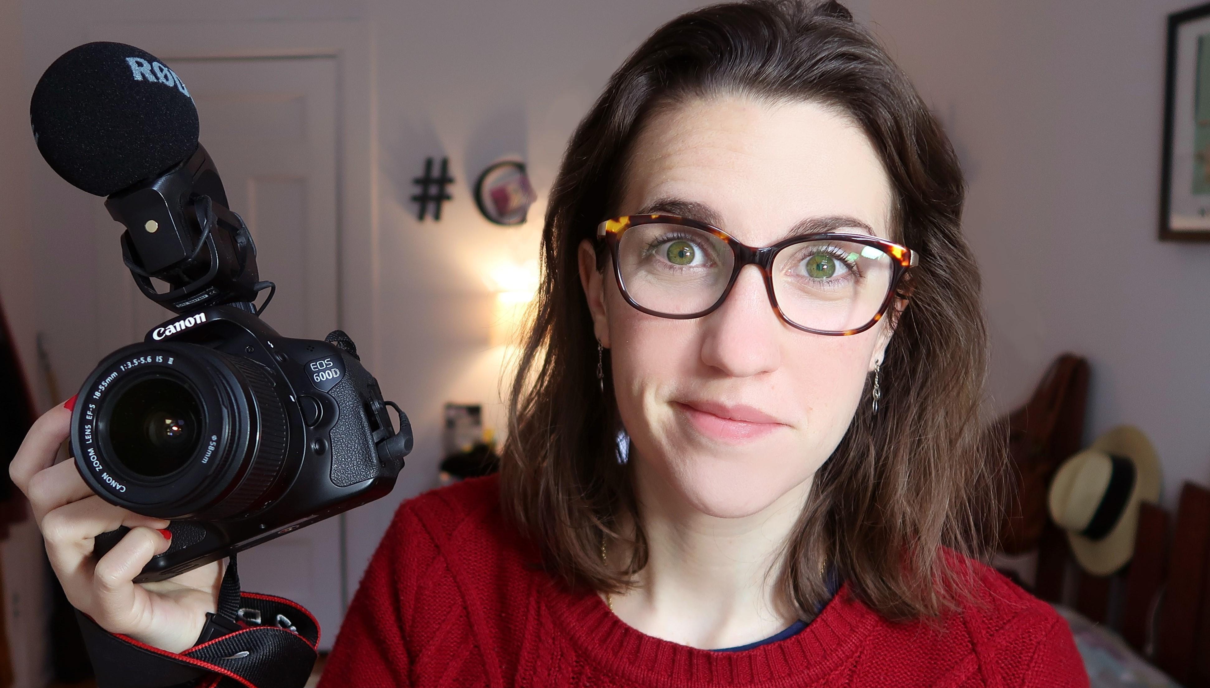 « CAM c'est elle », une youtubeuse française en vogue à Montréal