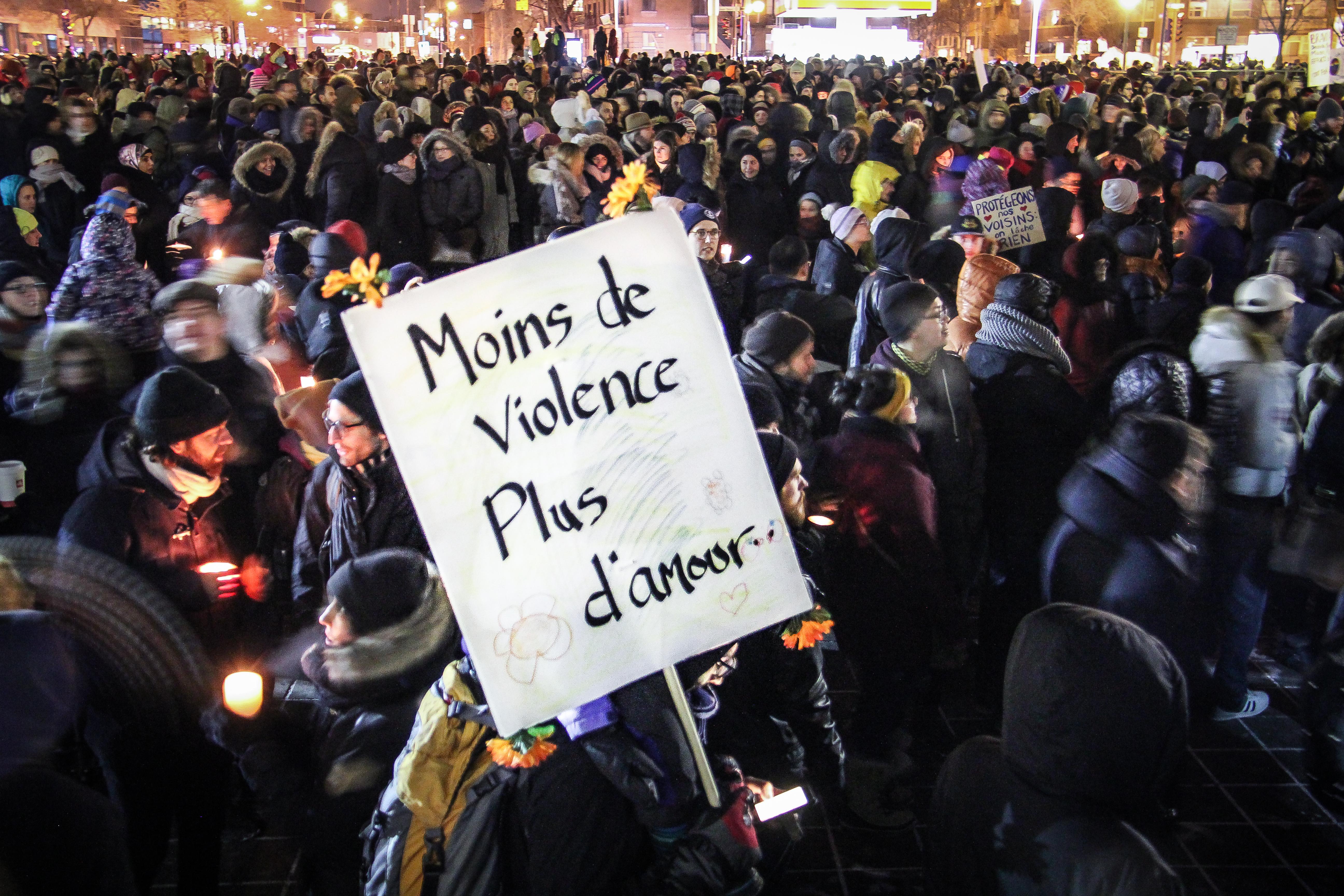 La vigie citoyenne de Montréal, des prières et de la colère