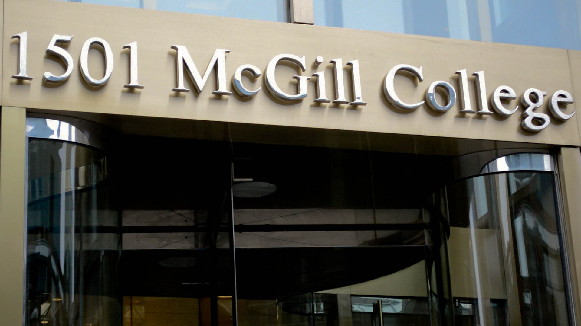 Les échéances électorales de 2017 dopent les inscriptions consulaires à Montréal
