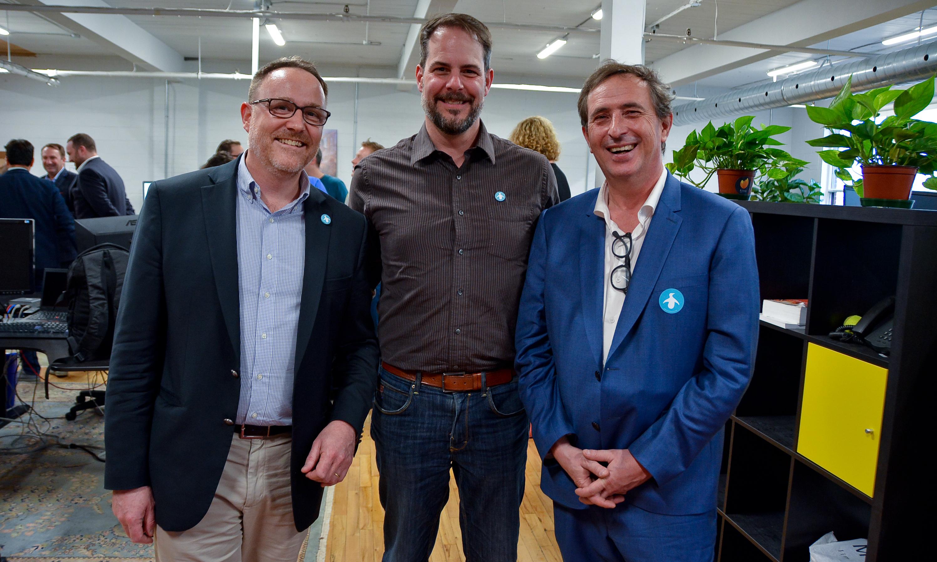 """Savoir-faire Linux, entreprise montréalaise numérique, """"politique"""" et engagée"""
