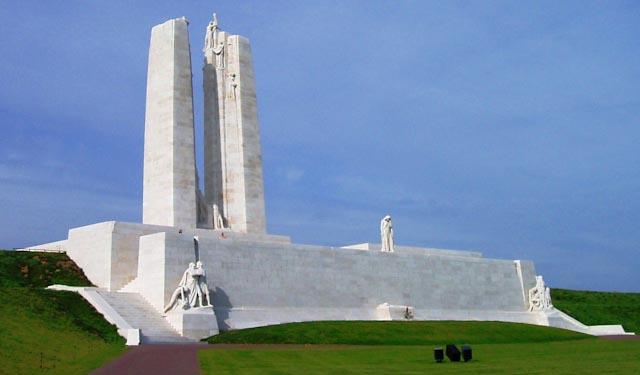 Racheal McCaig, photojournaliste torontoise, expose pour les 100 ans du Mémorial de Vimy