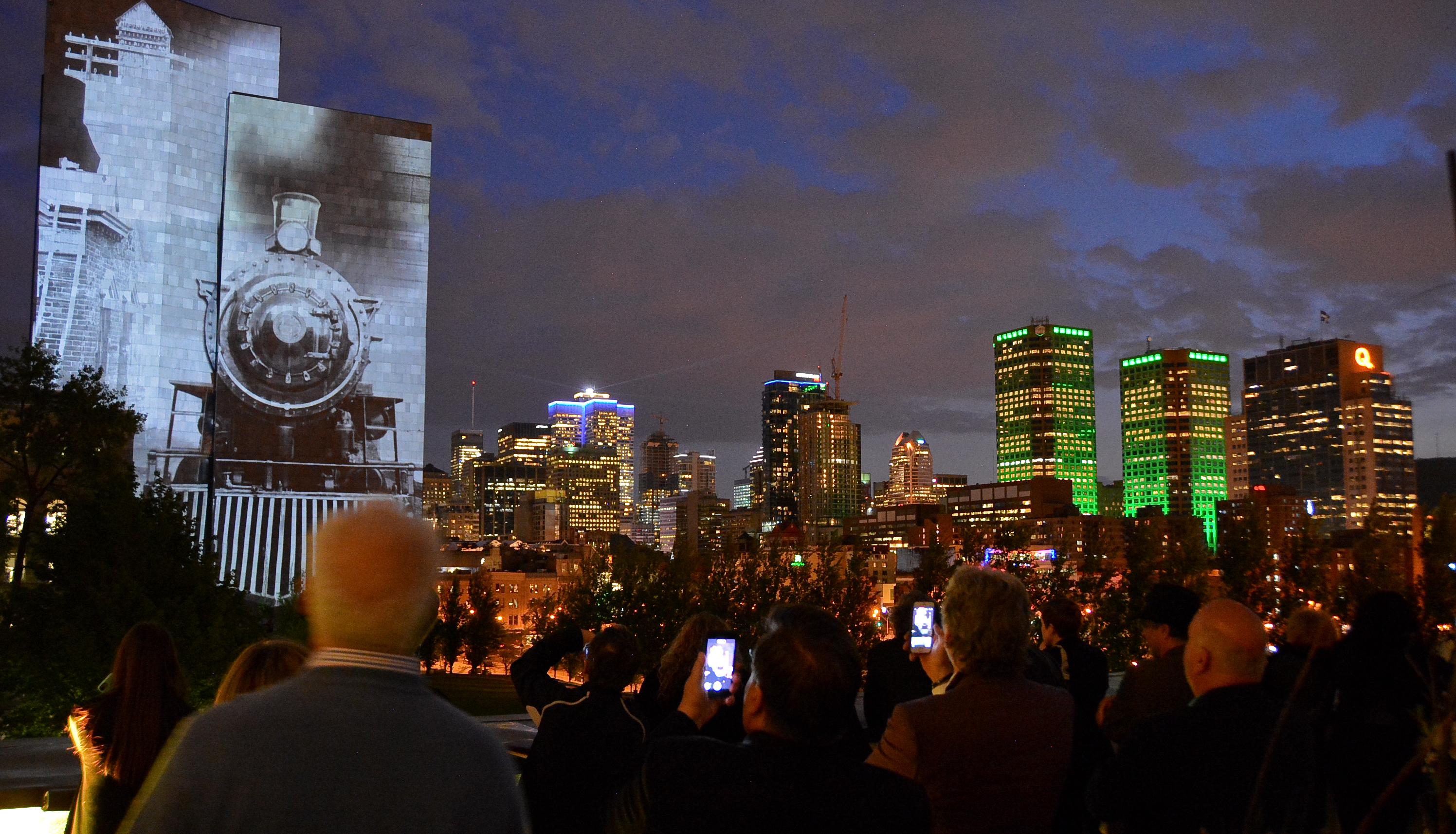 Cité Mémoire allume les murs de Montréal en une épopée historique unique au monde