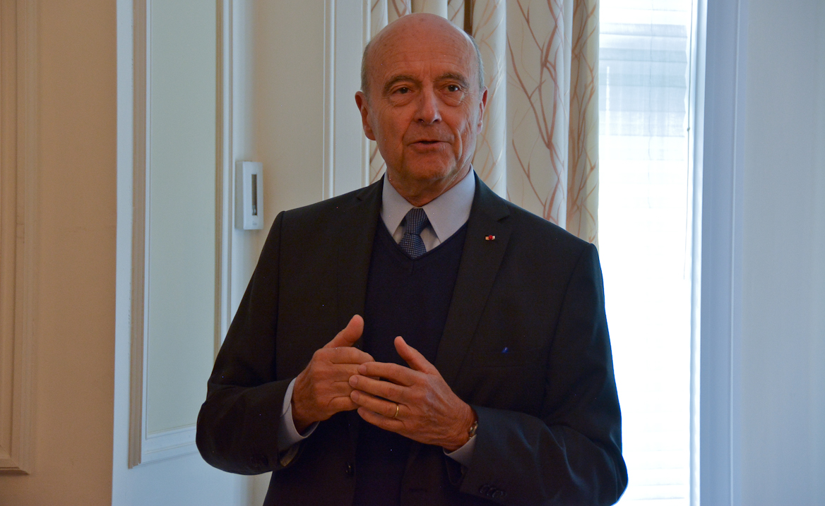 """Alain Juppé à Québec: """"Rapprocher les rives de la Garonne des rives du Saint-Laurent!"""""""