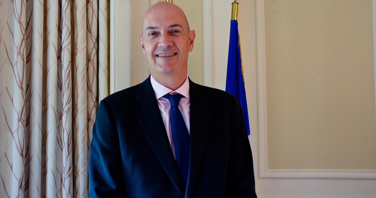 """Entrevue exclusive: Roland Lescure veut """"dépoussiérer les pratiques parlementaires"""""""