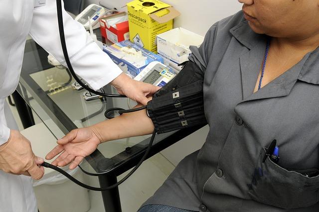 Le Québec reprend les recrutements de personnel infirmier en France cet automne