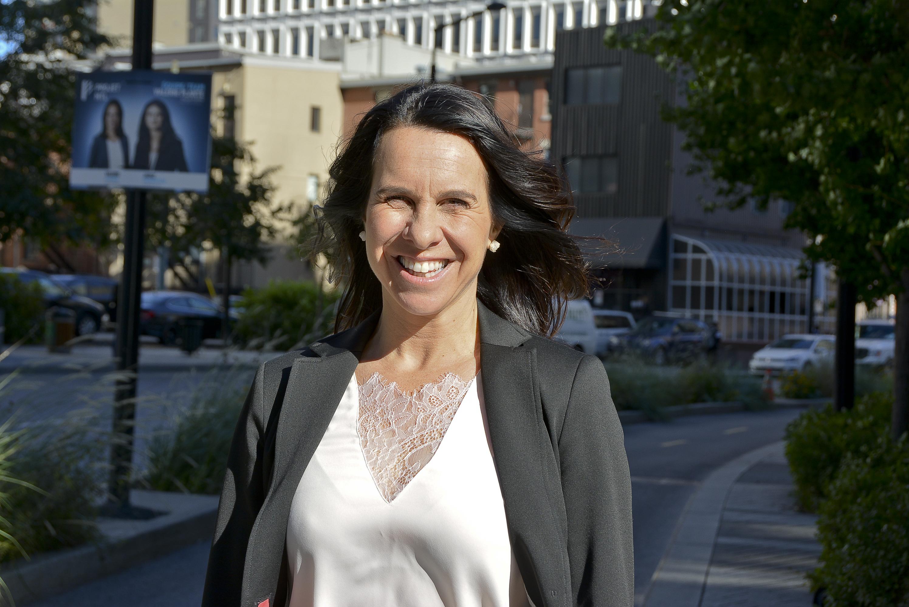 Valérie Plante veut permettre aux Résidents permanents de voter aux élections municipales