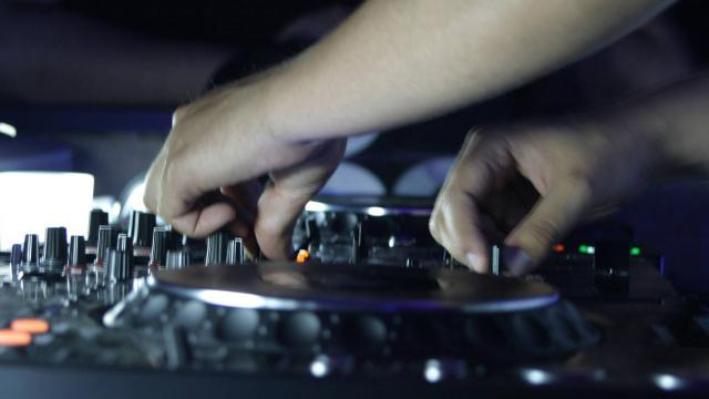 Techno: Faire la fête à l'européenne dans le style de nuit montréalais