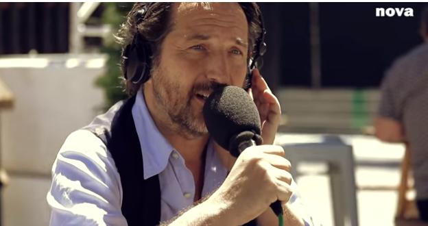 Edouard Baer, l'animateur de Radio-Nova sous le charme de Montréal